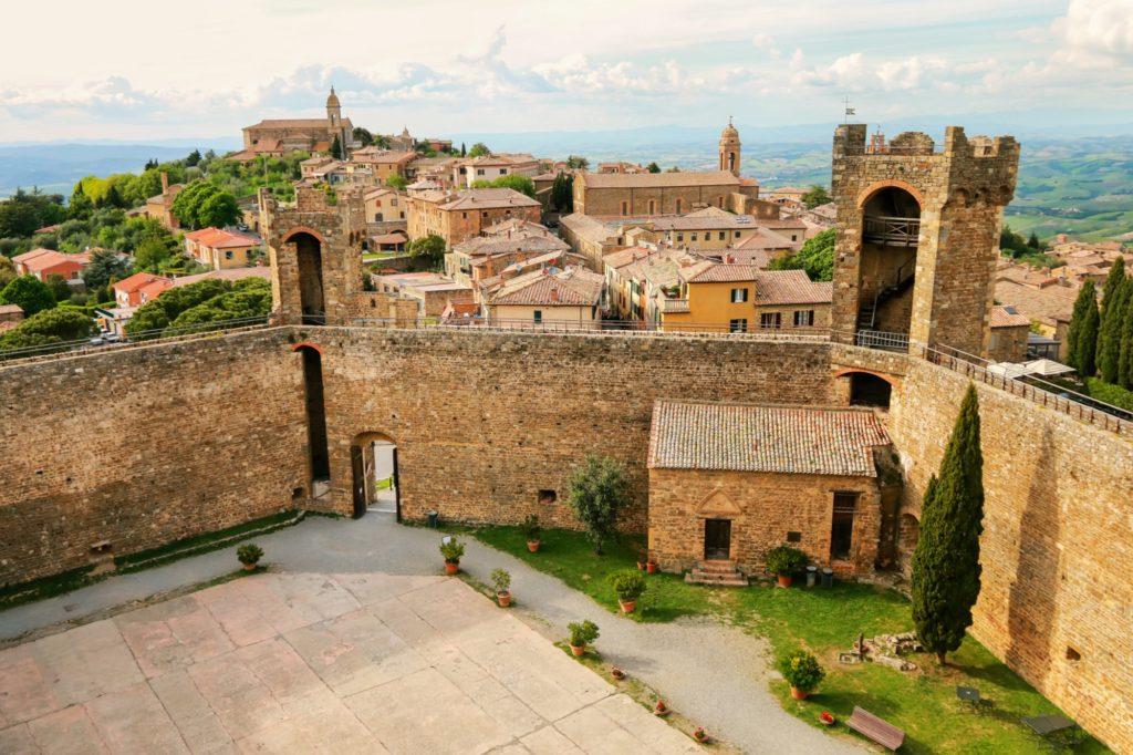 Montalcino: arte, cultura e buon vino